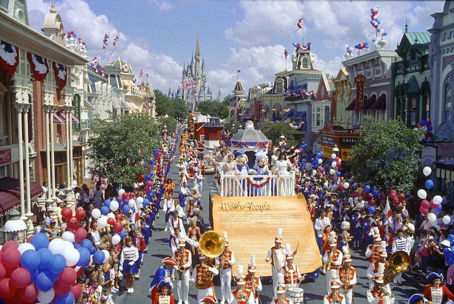 Anciennes Parades des Resorts Américains Cddp479571_orig
